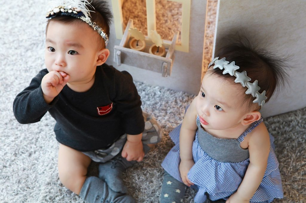 twins crianças gemeas
