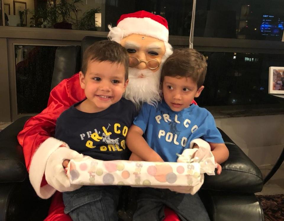 crianças, gêmeos, presente, natal